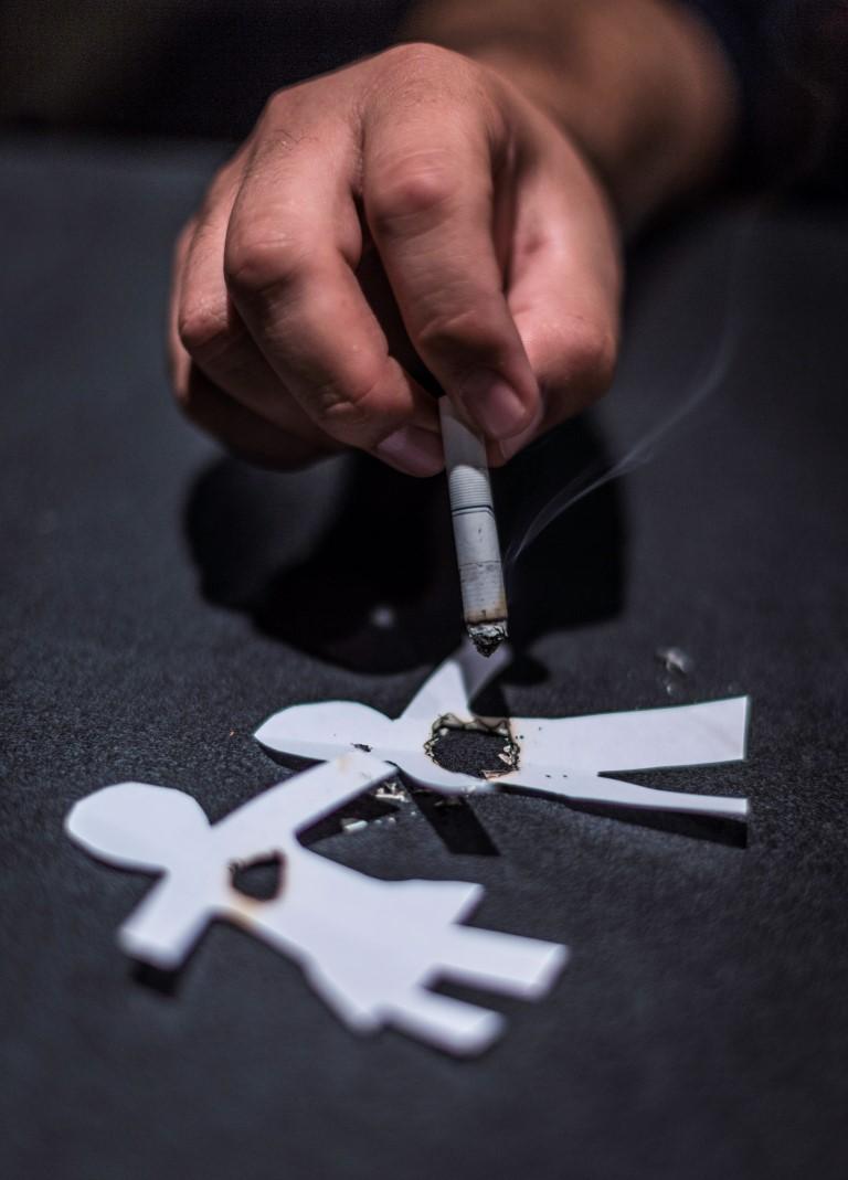 fumando-espero-un-final-complica1472151498